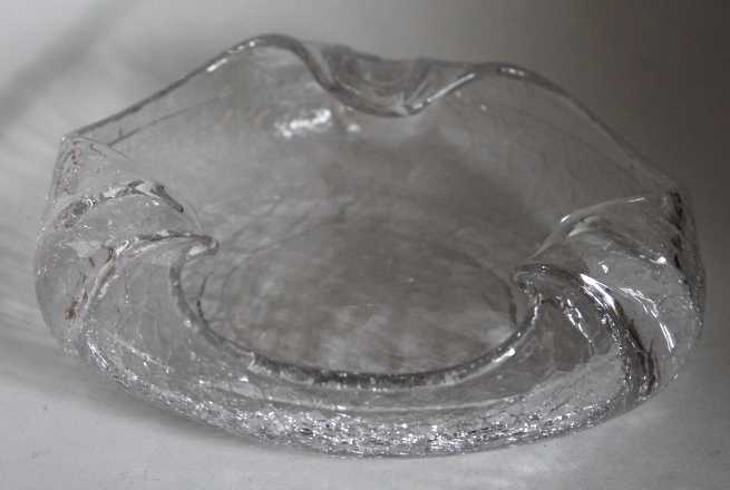 Vintage Mid-century Viking Crackle Glass Ashtray Art Glass Retro Bowl Decor