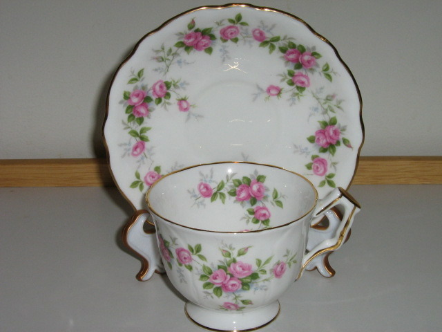 "Vintage Aynsley English Bone China Cup & Saucer - Discontinued ""Grotto Rose"""