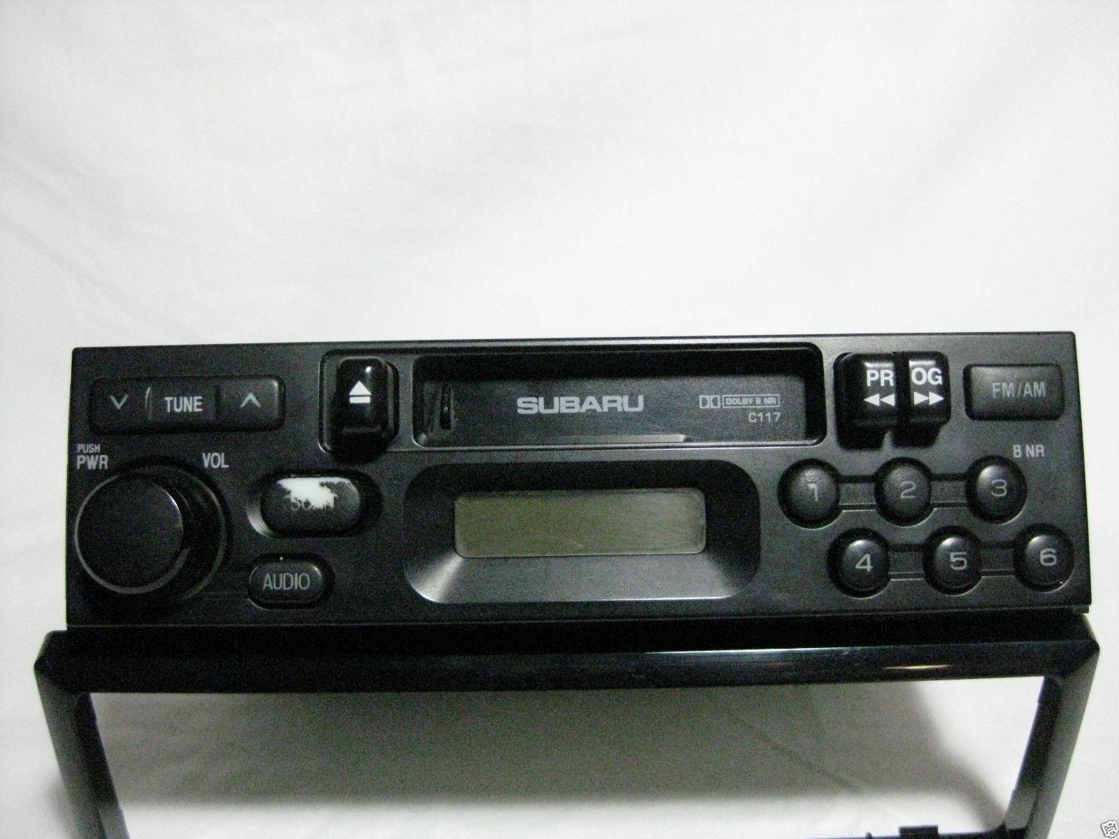 Subaru Legacy 2000 2001 Cassette player radio C117 Brighton & L models 57637g