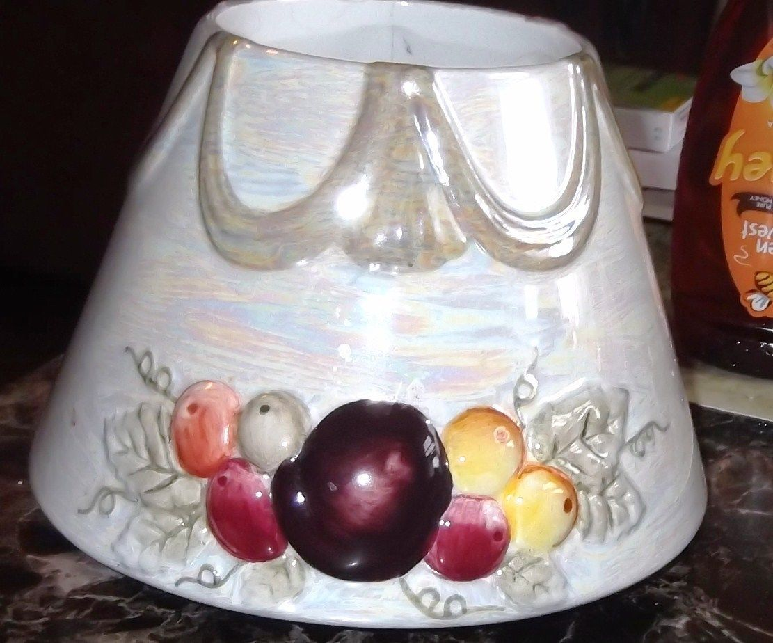 Primary image for Yankee Candle Pearlized Fruit with Swag Large Candle Shade