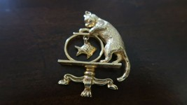 "Avon Cat Fishbowl/Dangle Fish Brooch Pin 2 1/8"" Vintage 1992 - $16.63"