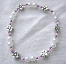 "Girl Teen Stretch Bracelet  5.5"" Faux Pearls & Flowers  Purple Pink  Scr... - $4.41"
