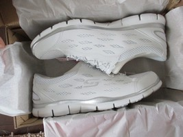 BNIB Skechers Gratis-Going Places Women Sneakers, Slip-on, White, size 1... - $44.55