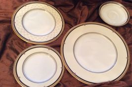 Royal Doulton China BARONESS 4 Piece Place Setting Missing Cup - $280.49