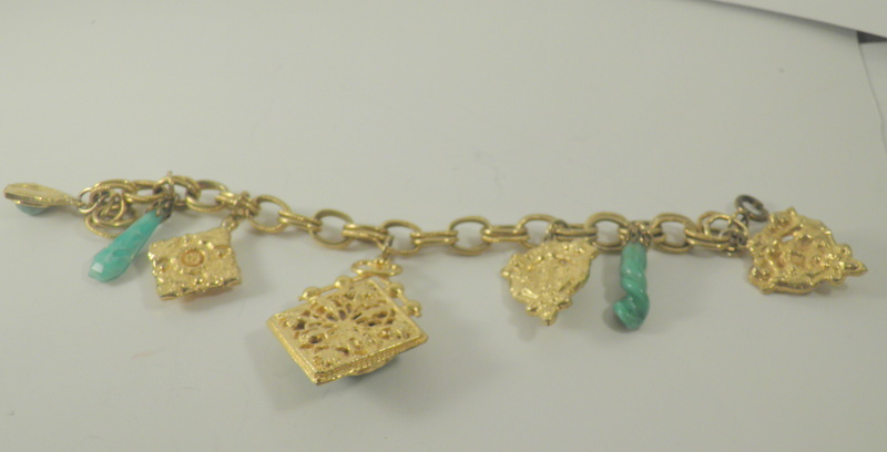 golden retro double link charm bracelet with green lucite/glass charms 2891