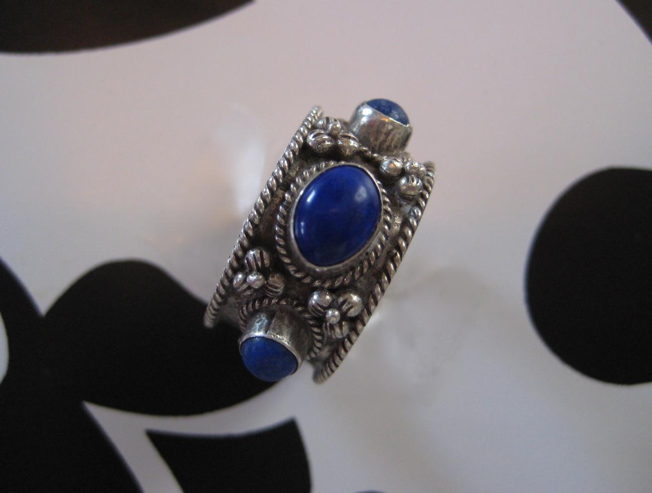 Unique Sterling Silver .925 Lapis Lazuli Ring Sz 6