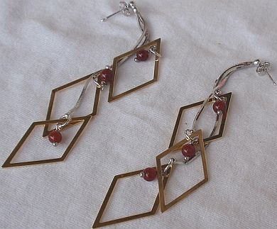 Dangling Rhombus earrings