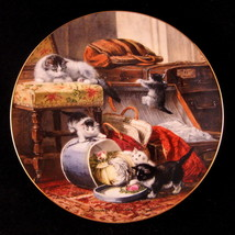 Cat Kitten Decorator Plate Mischief with the Hatbox by W.S. George #5902... - $31.18