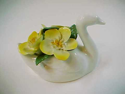 Crown Staffordshire England Bone China Floral Swan
