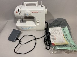 SINGER Start 1304 Sewing Machine 110V White START1304 6 Built in Stitche... - $149.99