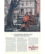 1944 The Milwaukee Road young couple talking print ad - $10.00