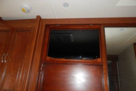 2015 HOLIDAY RAMBLER AMBASSADOR 38DBT For Sale In Nelsonville, OH 45764 image 3