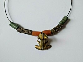 Gold metal frog necklace wire circle stone bead vintage 70s boho rare! - $32.73