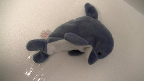 Ty Beanie Babies with Tags Echo and Crunch The Shark 1996 Lot of 2