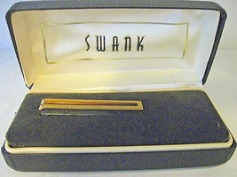 Men's Swank Tie Clasp in Original Box Goldtone 1 3/4 inch CL4-18 - $8.99