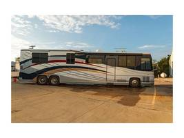 2000 Newell Coach 45 Class A For Sale In Imperial, MO 63052 image 1