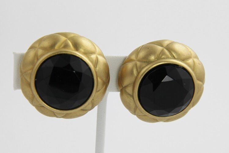 80s VINTAGE Jewelry MARVELLA SIGNED BOLD BLACK GLASS QUILTED METAL CLIP EARRINGS