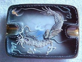 Ashtray-DRAGON WARE -vintage-unmarked--Blue eyed Dragon - $11.69