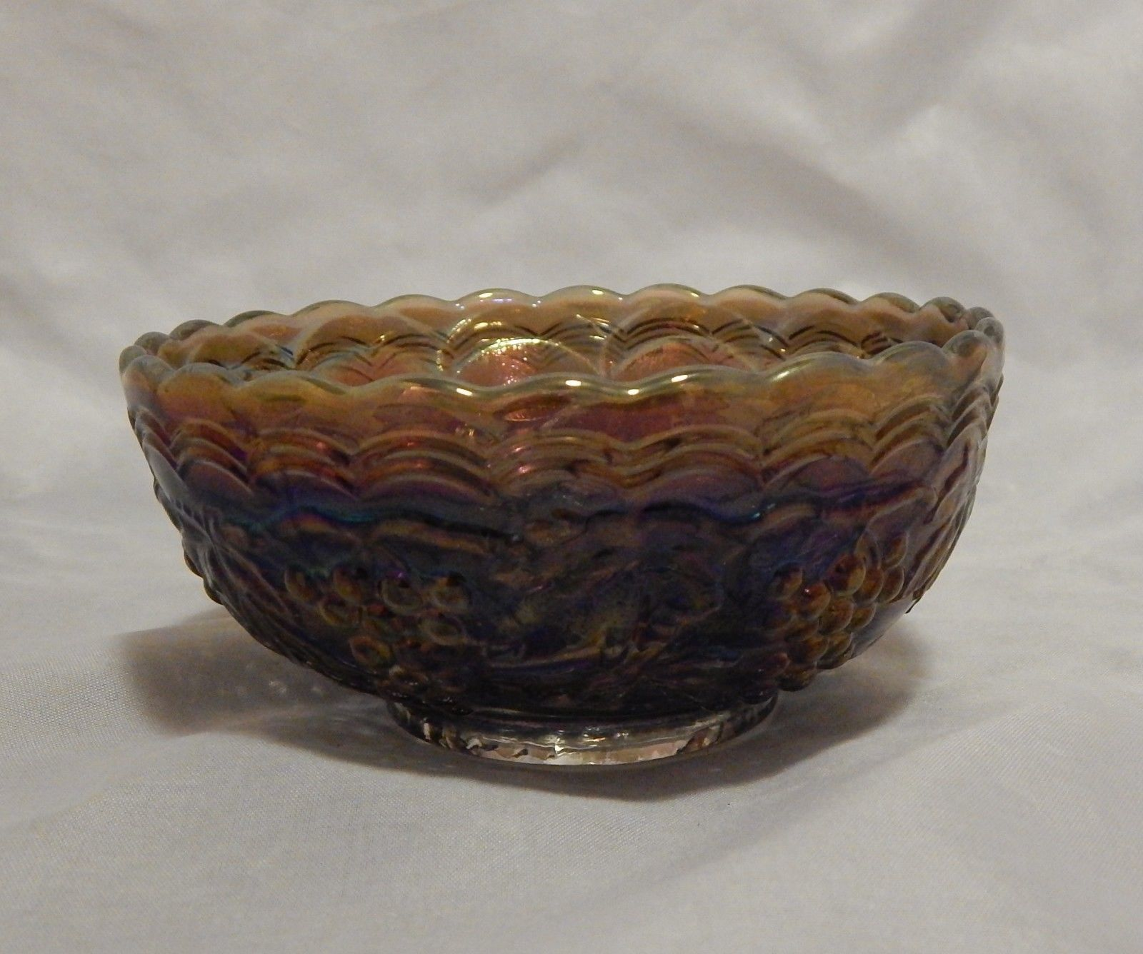 "Imperial Carnival Glass Grape Pattern 4 5/8"" Berry Bowl"
