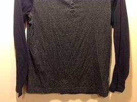 Men's Dark Gray Torso Shirt w Navy Blue Long Sleeves by Old Navy Sz S image 3