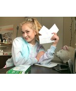 Penpal Friendship/Handwritten letters with young college girl - $5.00
