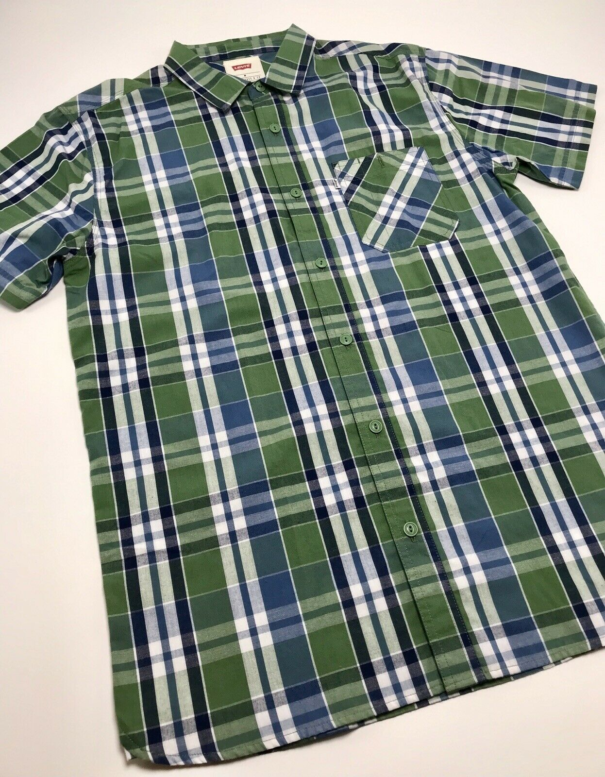 Men's Levi's Green | Blue | White Plaid S/S Button Down Shirt - $69.00