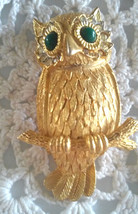 Vintage Signed Capri Dimensional Owl on A Branch Rhinestone Gold Tone Pi... - $23.75