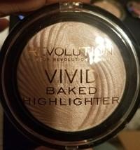 REVOLUTION London Vivid Baked Highlighter Powder -New Sealed - $5.70