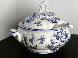 "Antique Gift Ideas Creation Tureen Blue & White. Ladle ~1935-1955. ~9""x9... - $49.99"