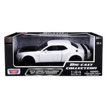2018 Dodge Challenger SRT Hellcat Widebody White with Black Hood 1/24 Di... - $30.62