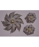 This is a beautiful SARAH COVINGTON Demi-Parure set, consisting of a Bro... - $39.95