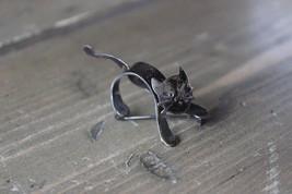 Vintage Sterling Silver Turning Head CAT BROOCH - $49.49