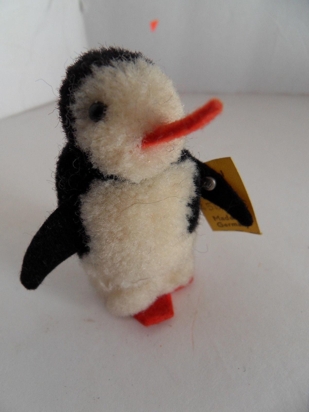 Steiff bird miniature wool penguin button flag made in Germany 1723