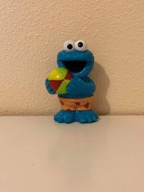 Collectible Sesame Street Cookie Monster Rubber Bath Toy Hasbro 2013 - $1.49