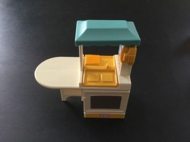 Little Tikes Dollhouse Size Kitchen Unit Sink Oven Stove Blue Roof Telep... - $12.59