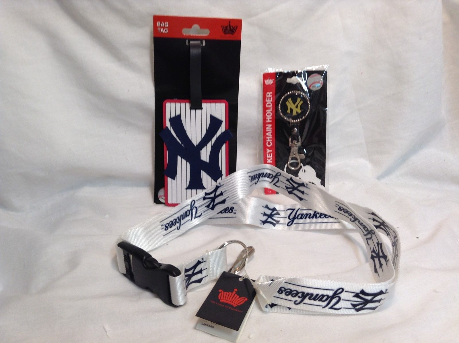 NEW MLB NY Yankees Travel Accessory Kit