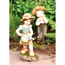 Fanny and Frank Farmer Garden Statue - $106.90
