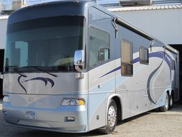 2005 Country Coach Allure 470 Siskiyou Summit For Sale In Fort Worth, TX 76179 image 1