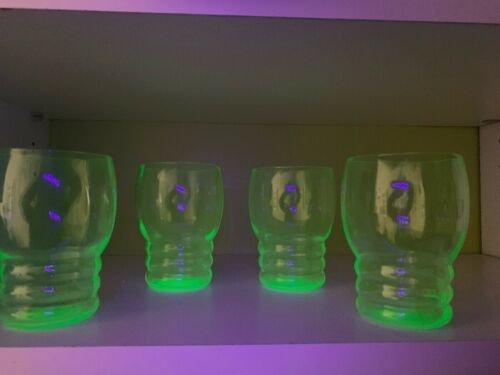 Vintage Depression Vaseline Green Uranium Juice Glasses Blacklight Tested Set 4!