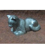 SIGNED VINTAGE MINIATURE PEWTER CAT FIGURINE PAPERWEIGHT CAT - $14.89