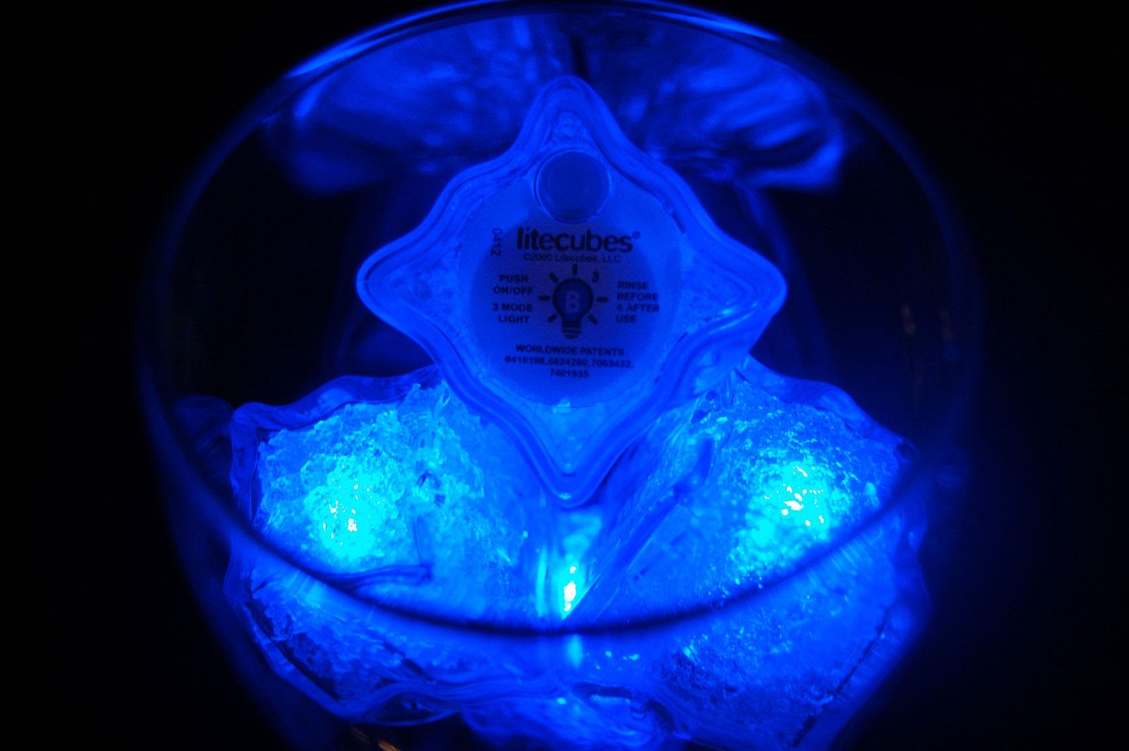 Set of 8 Litecubes Jewel Color Tinted Sapphire Blue Light up LED Ice Cubes