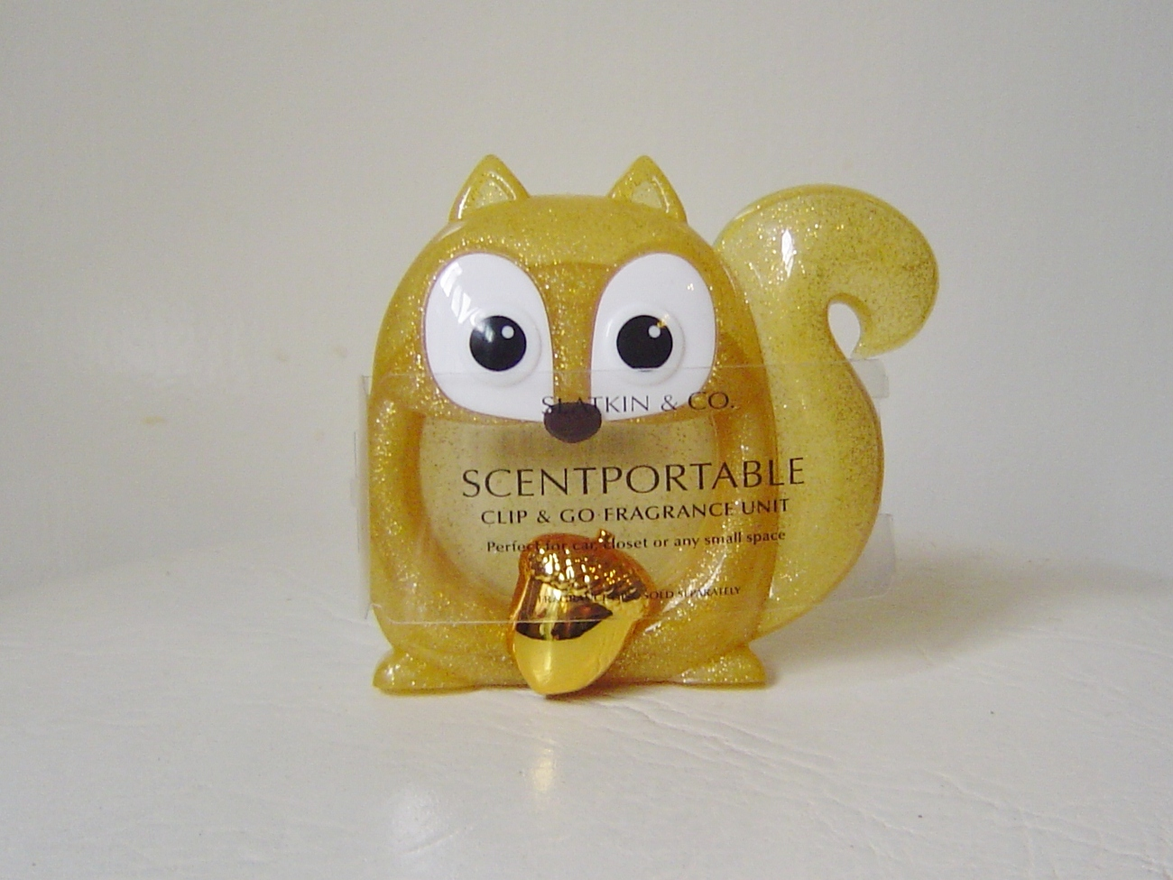 Two Bath & Body Works Scentportable Clips Gold Squirrel Pink Squirrel w/Bling