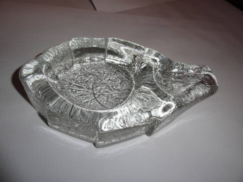 Details about    clear glass ashtray in shape of tobacco leaf preowned