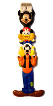 Walt Disney World Mickey - Donald - Goofy Totem Pole Vintage Back Scratcher - $9.88