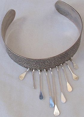Another fashion silver bracelet
