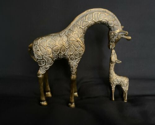 "Vintage 8.5"" Solid Brass Giraffe Mom Baby Calf Kissing  Leonard Silver Mfg Co"
