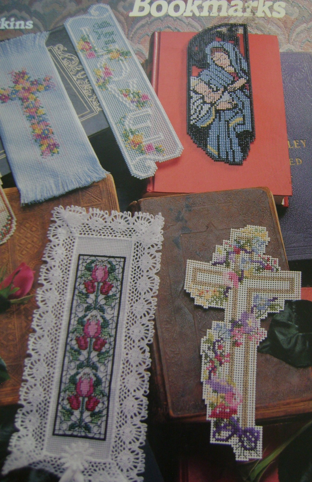 Pattern Kit Bookmarks - 2 Books Bookmarks & Samplers, 6 Packages Aida Cloth image 6