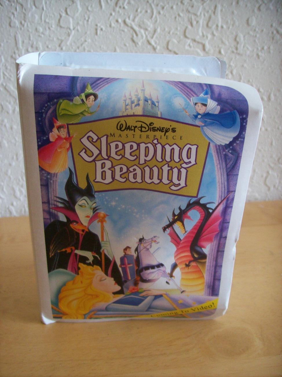 "1996 Disney McDonald's #6 ""Sleeping Beauty"" Happy Meal Figurine"