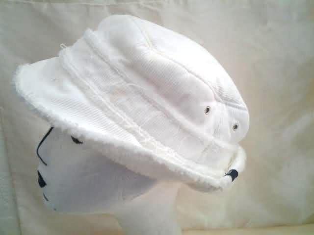 92eee02c9 Gap white corduroy fleece lined snow bucket and 50 similar items
