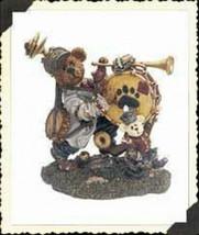 """Boyds Bearstone """"Jonathan C. Tootsenwhistle.. One Bear Band"""" #227806-LE-NIB-2000 - $19.99"""